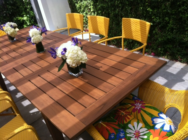 how to build an out door table